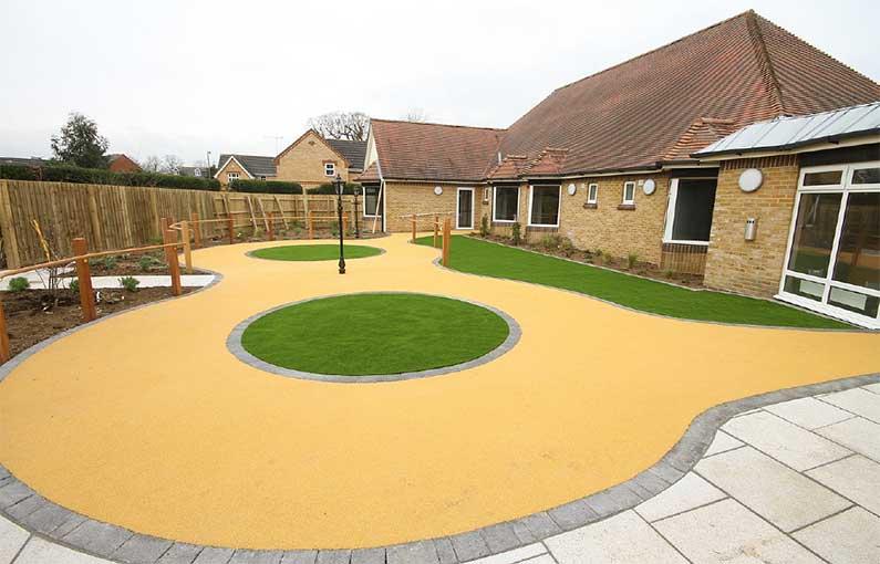 Lambourn Grove garden